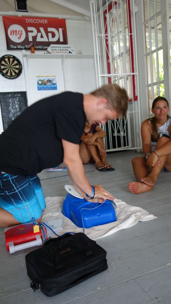 PADI Emergency First Response Course Carriacou Grenada